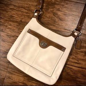 EUC leather crossbody Coach bag